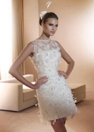 novia con vestido corto Figueras de Pronovias
