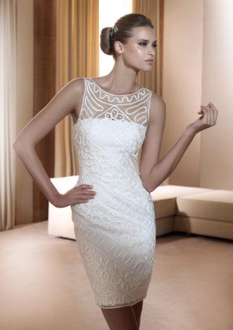 novia con vestido corto Foro de Pronovias