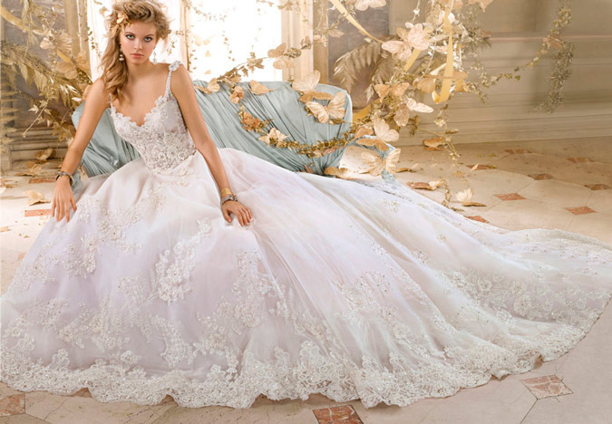 novia barroca con vestido de Amalia Carrara