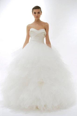 novia con vestido de tul de Marchesa