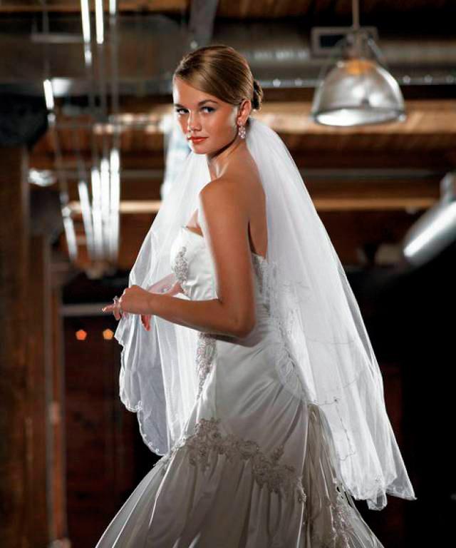 novia con velo tipo vals