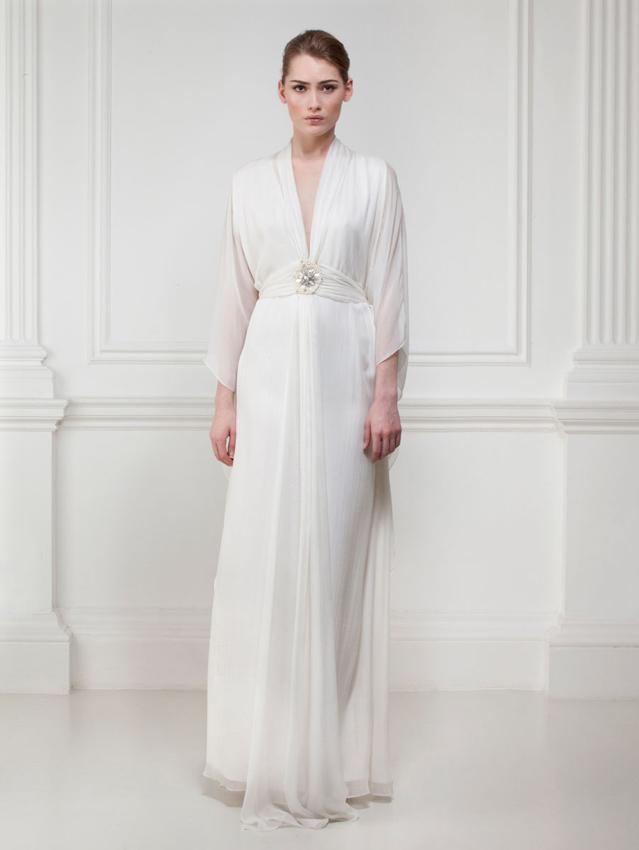 novia con vestido de chiffon de seda