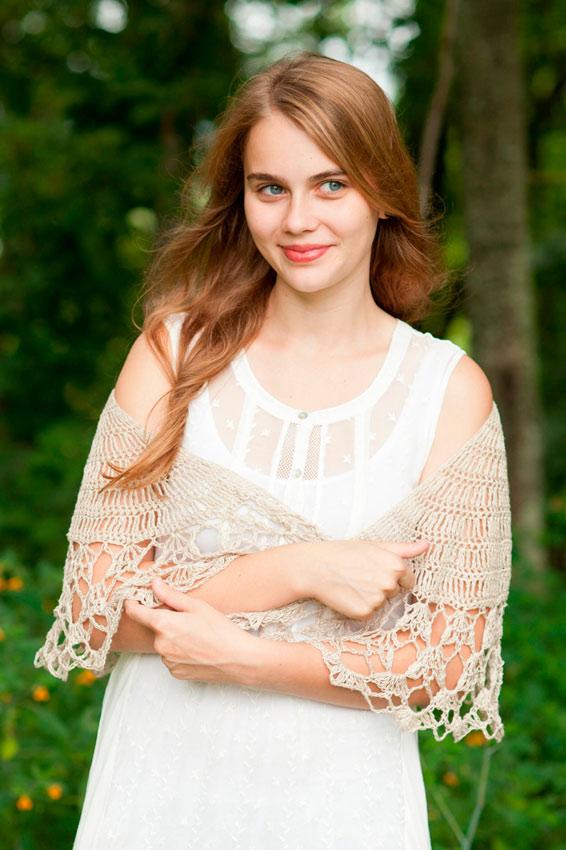 Novia con chaqueta de crochet