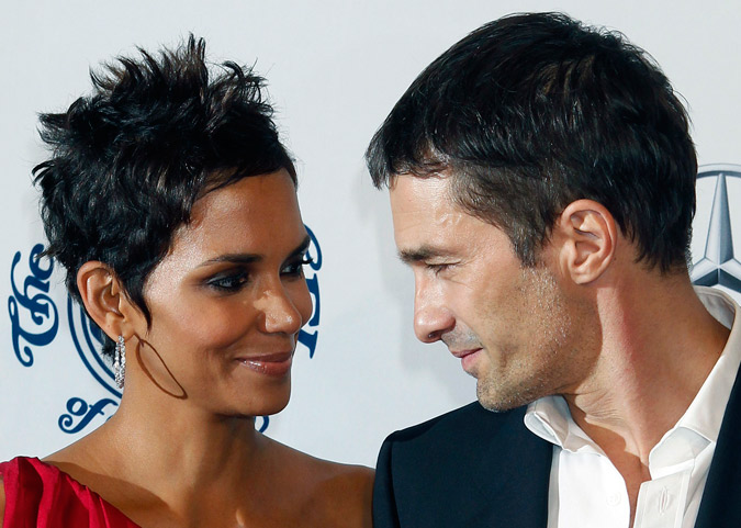 foto de pareja de Halle Berry y Olivier Martínez