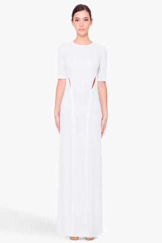 novia con vestido minimalista de cuello redondo