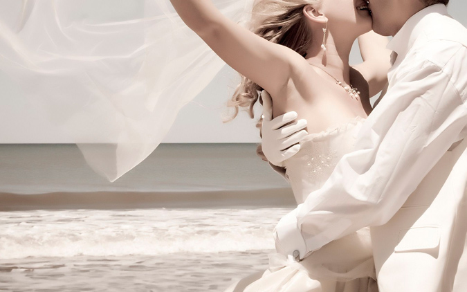 novia mostrando axila