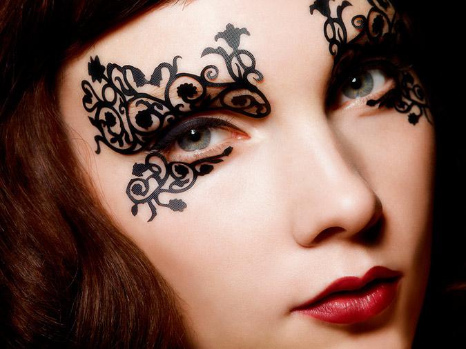 maquillaje de encaje alrededor de la cara 2