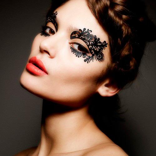 maquillaje de encaje alrededor de la cara 3