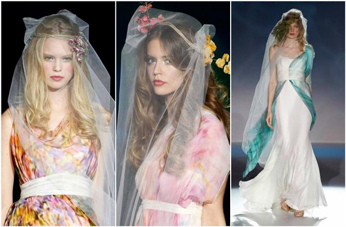 diferentes propuestas de vestidos de gasa estampada de Raimon Bundó