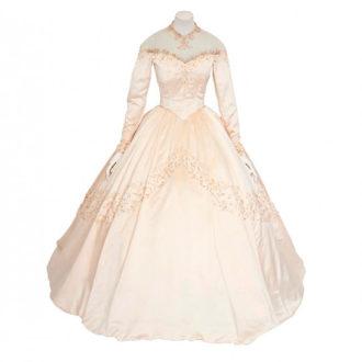 foto del primer vestido de novia de Liz Taylor
