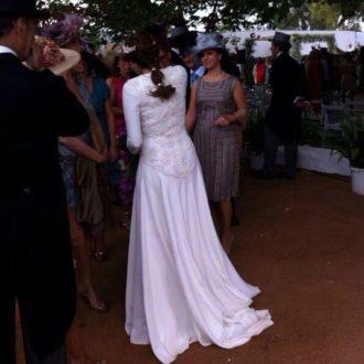 Vestido de novia de Lourdes Montes visto por detrás