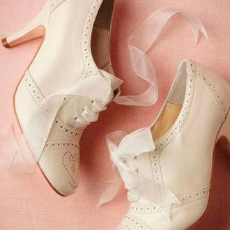 zapato con tacón medio para la boda de la novia
