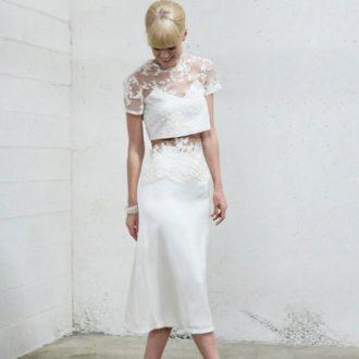 novia con vestido crop-top de Dionne