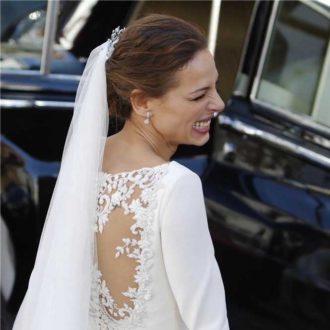 espalda y velo del vestido de novia de Eva González