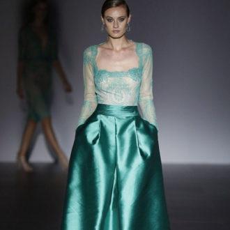 vestido para invitada de boda de encaje color verde
