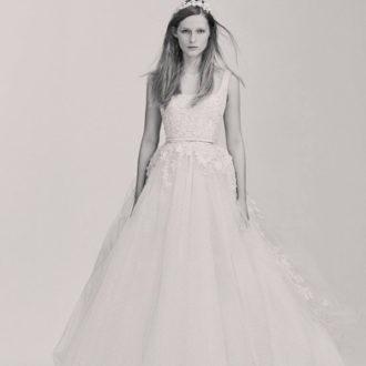 vestido de novia con falda voluminosa de la colección de Elie Saab