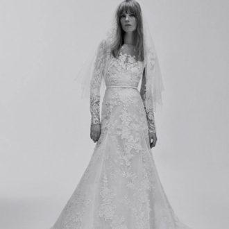 vestido de novia de encaje floral de la colección de Elie Saab