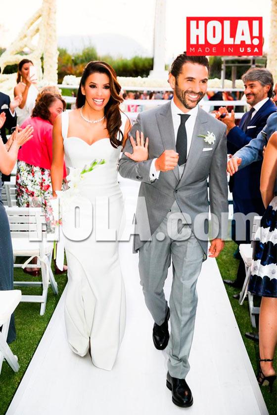 portada de la revista Hola! con la boda de Eva Longoria y José Bastón