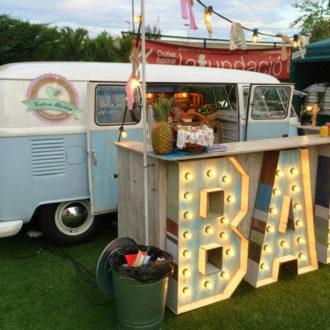 caravana habilitada como food truck para boda