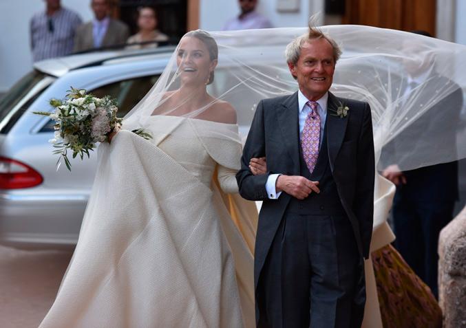 Charlotte Wellesley acompañada por su padre