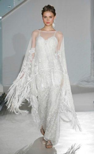 novia con vestido inspirado en Coachella de Alvina Valenta