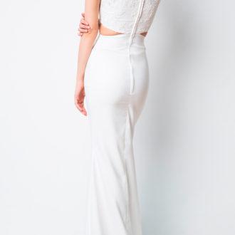 novia con vestido con cut out en la cintura