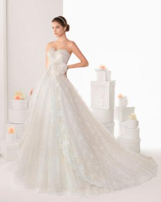 novia con vestido palabra de honor