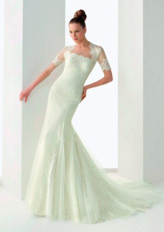 novia con vestido de Rosa Clará