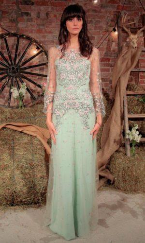 novia con vestido estampado de Jenny Packham