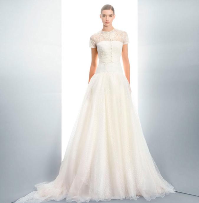 novia con vestido de plumeti