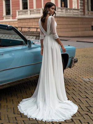 Vestido de novia corte A cuello en V manga 3-4 apertura lateral