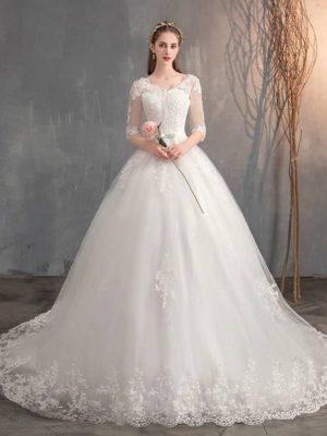 Vestido novia estilo princesa media manga cuello pico con cola