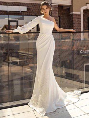 Vestido novia asimétrico corte sirena apliques cinturilla decorativa