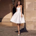 Vestido novia corto satén sin mangas