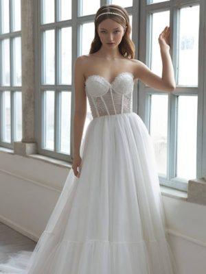 Vestido novia línea A cuerpo lencero decoraciones