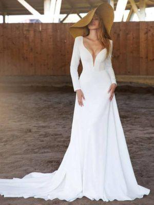 Vestido novia manga larga cuello pico pronunciado escote espalda