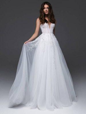 Vestido novia tul cuello pico apliques cuerpo falda